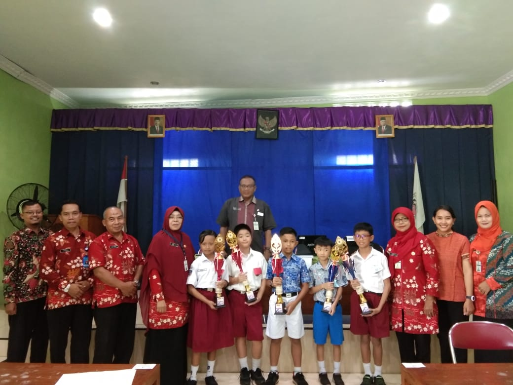 Galih Raditya Ghutama Won The Mathematics Olimpiad